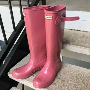 Pink Hunter Rainboots (size 9)